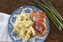 Softly Scrambled Eggs with Asparagus and Ricotta