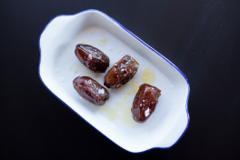 HOT DATES WITH OLIVE OIL AND SEA SALT